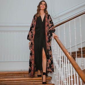 NWT ZARA Velvet Trim Kimono Blogger's Favorite M
